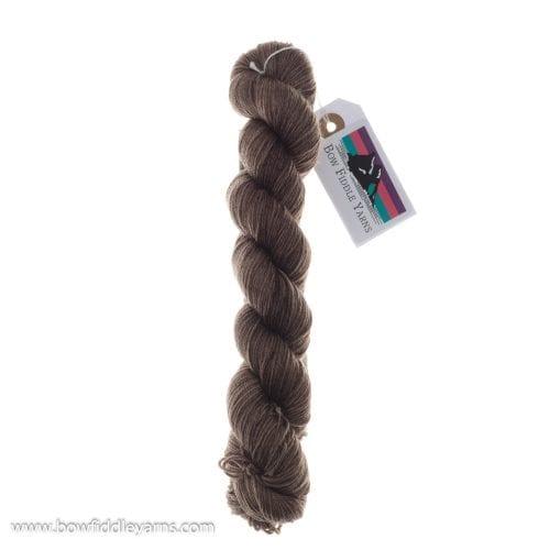 Bow Fiddle Yarns Superwash Merino - Suede - 4ply yarn